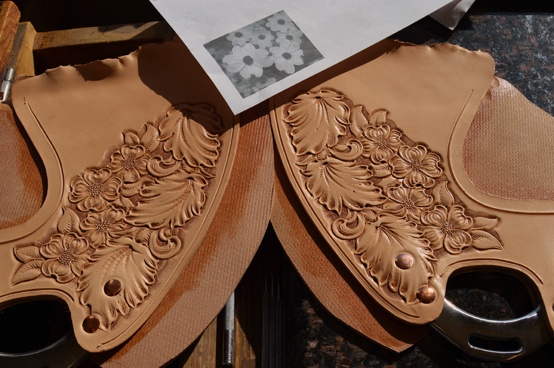 I'll be sewing up these rigging plates soon. I compressed the leather parts by about ten percent making it durable and thinner. I get a crisp, clean look on the decorated surface when I do this as well.